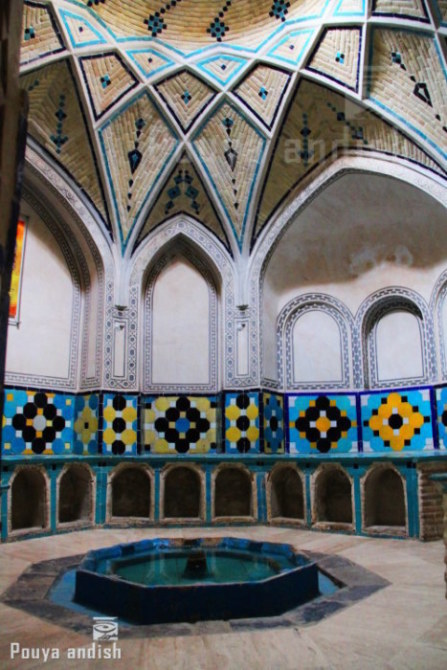 pottery kashan 147 - تور هنرجویان تصویرگران پویا اندیش - کاشان