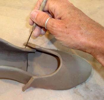 آموزش ساخت کفش با گل رس