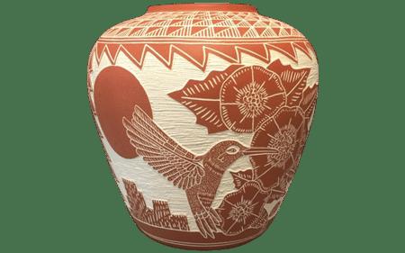 m.r. romero acoma pottery hummingbird vase front - لعاب کاری سفال در منزل