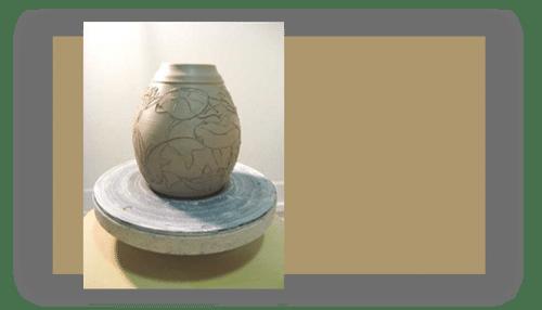rurel - چطور طرح های سفال نقش برجسته را روی گل خیس کنده کاری کنیم ؟
